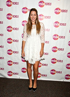 07/15/2015 - Colbie Caillat Visits Mix 106