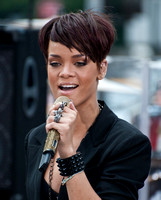 06/20/2008 - Rihanna in Concert on CBS's The Early Show