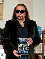 "11/07/2011 - Ace Frehley ""No Regrets"" Book Signing"