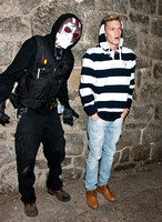 10/26/2013 - Cody Simpson Visits Terror Behind The Walls