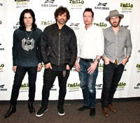 03/12/2015 - Scott Weiland and The Wildabouts Visit Radio 1045