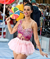 "08/27/2010 - Katy Perry Performs on NBC's ""Today"" Show"